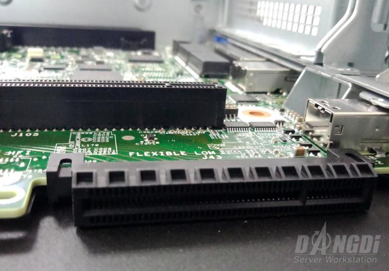 Khui thùng HPE DL380 Gen10-23